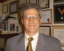 Dr. Alberto Goldwaser